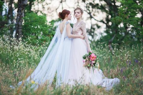 6-coloured-but-subtle-wedding-dresses-you-wil-L-fLTEho